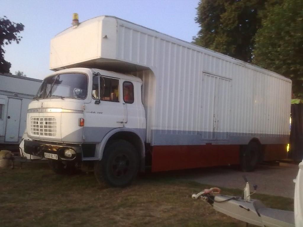 collection camions d 39 autrefois altaya page 641 presse mod lisme et mod les r duits. Black Bedroom Furniture Sets. Home Design Ideas