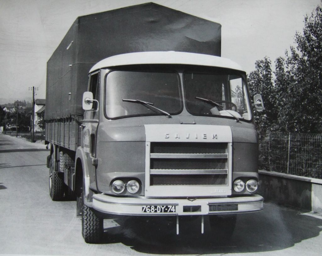 collection camions d 39 autrefois altaya page 260 presse mod lisme et mod les r duits. Black Bedroom Furniture Sets. Home Design Ideas